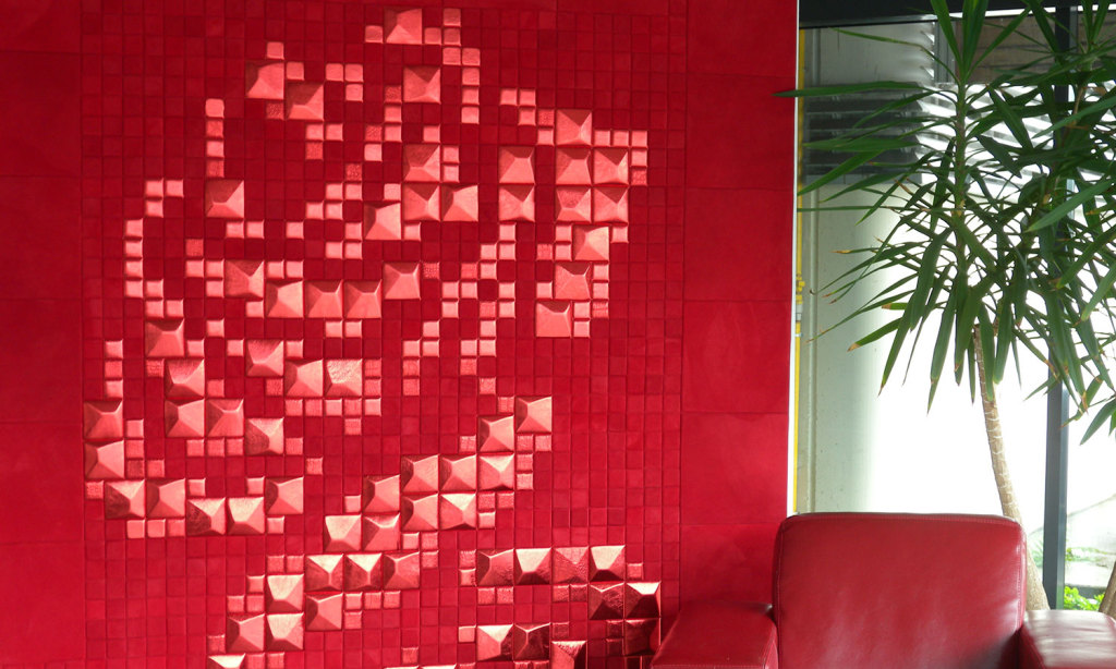 Lapèlle Red Rose: emotional composition with leather tiles