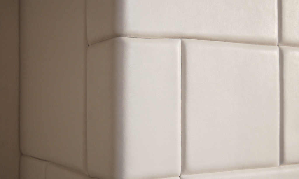 Leather tiles perfect cover wall's corners