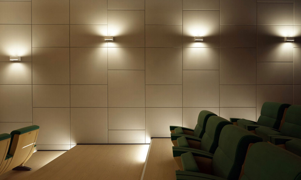 Lapelle leather tiles with soundproof power for an innovative theatre